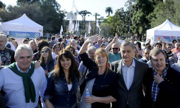 STOLBIZER LANZO SU CAMPAÑA EN PARQUE RIVADAVIA
