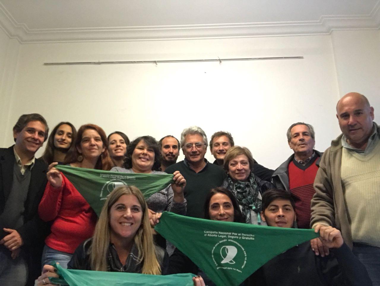 Hoy se realizó en La Plata un nuevo plenario del Partido Gen de la prov de BsAs en el que se abordaron distintos temas de actualidad, situación económica, Aborto, y otros.