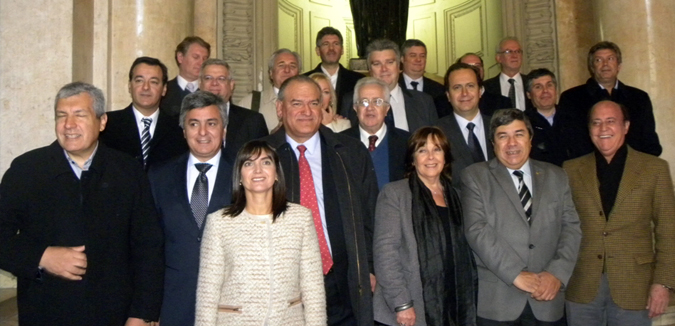 Legisladores bonaerenses de la oposición en la Corte por los fondos de la provincia