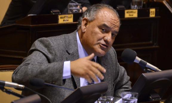 Evalúan presentar un proyecto para cambiar el sistema electoral de cara a octubre y limitar los mandatos
