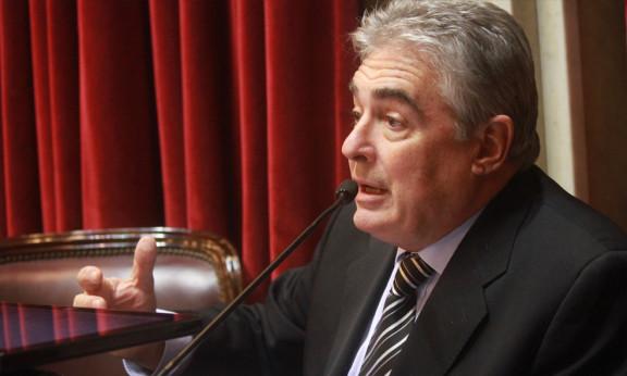 Linares pidió el cierre de la Mina Veladero de la Barrick Gold en San Juan