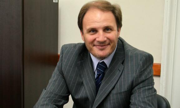 """Diputado Santiago promueve ley """"para el seguimiento y tratamiento de la trombofilia"""""""