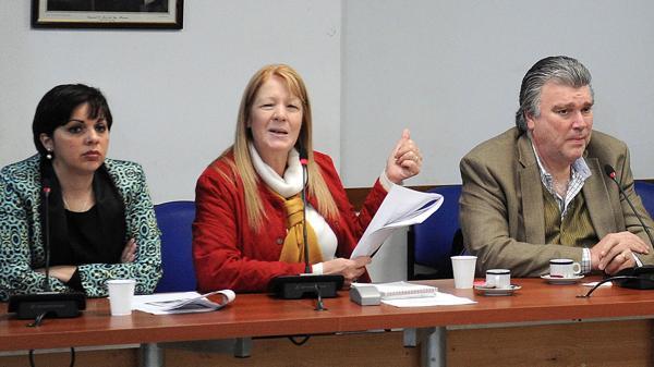 Conferencia de prensa de Margarita Stolbizer 8/3 10 horas por Causa Los Sauces/Cristina Fernandez Kirchner